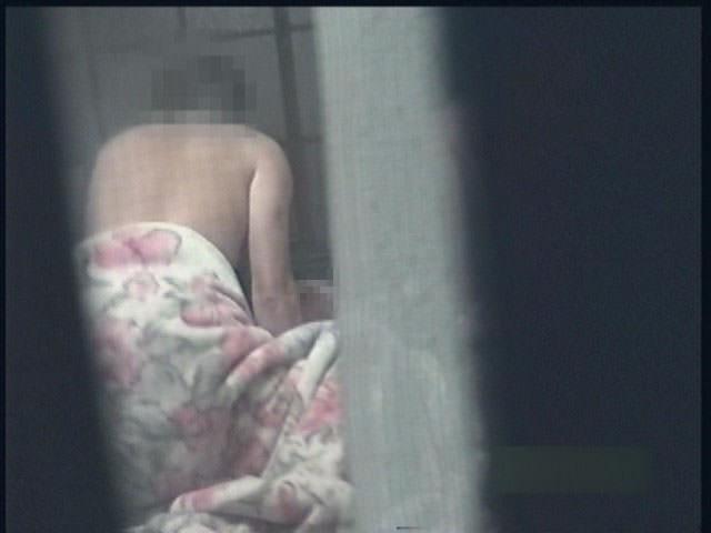 家に隠しカメラ設置したら、ワイの留守中に母ちゃんと親父とガチセックス!!キモすぎ!!!!! 1325
