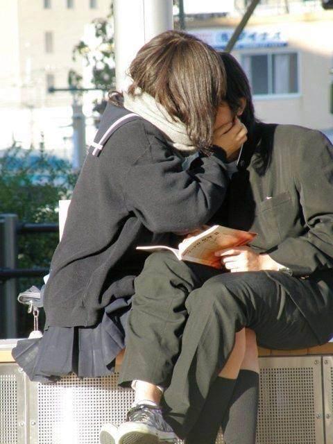 付き合いたてラブラブカップルのキス画像wwwwwww 2811