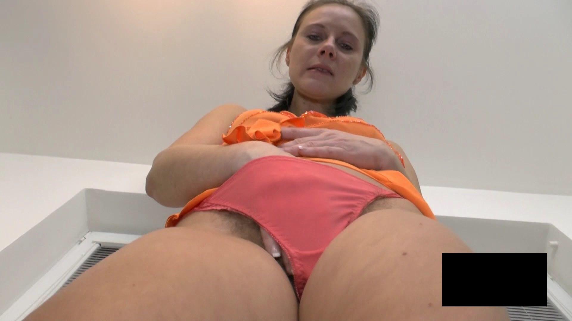 脂肪たっぷりの東欧熟女の脱衣ヌード画像貼ってくwwwwwwwww M3MnEVW