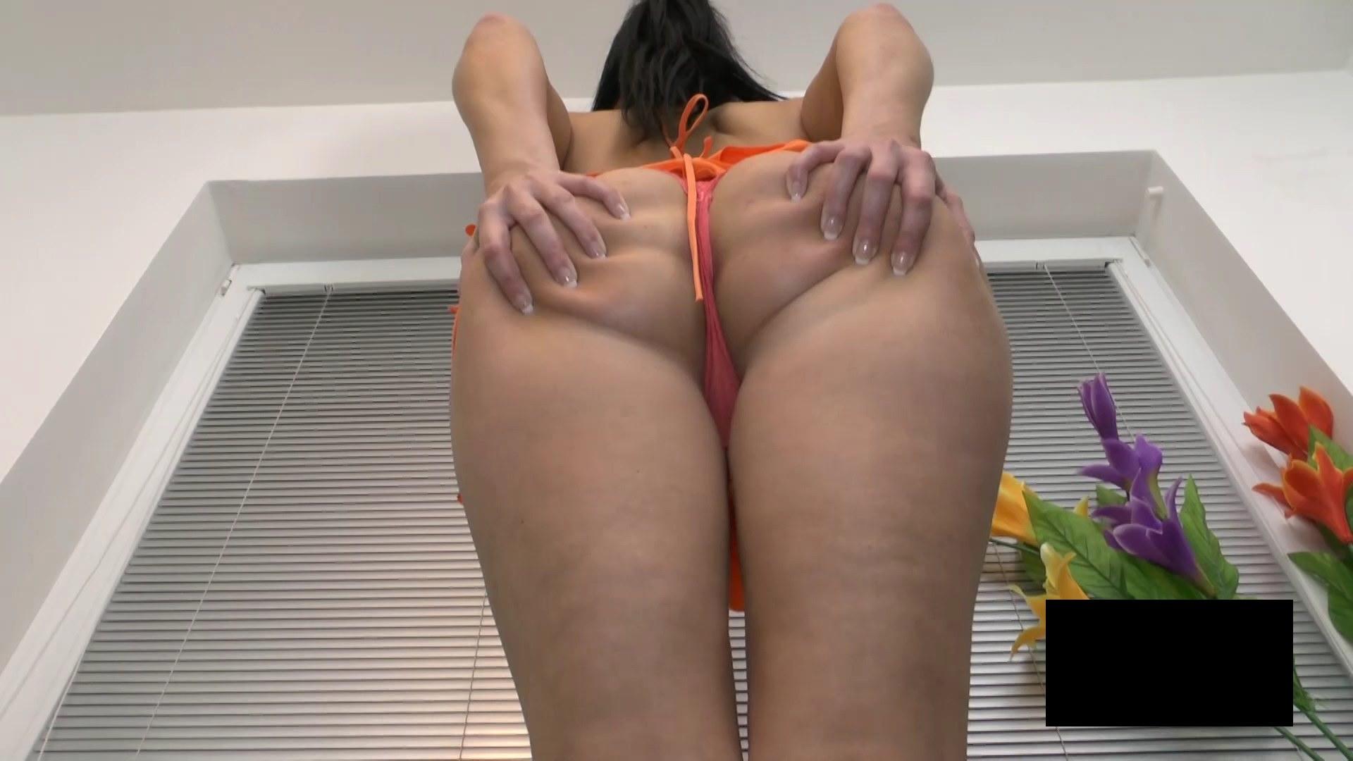 脂肪たっぷりの東欧熟女の脱衣ヌード画像貼ってくwwwwwwwww N5fo7U0