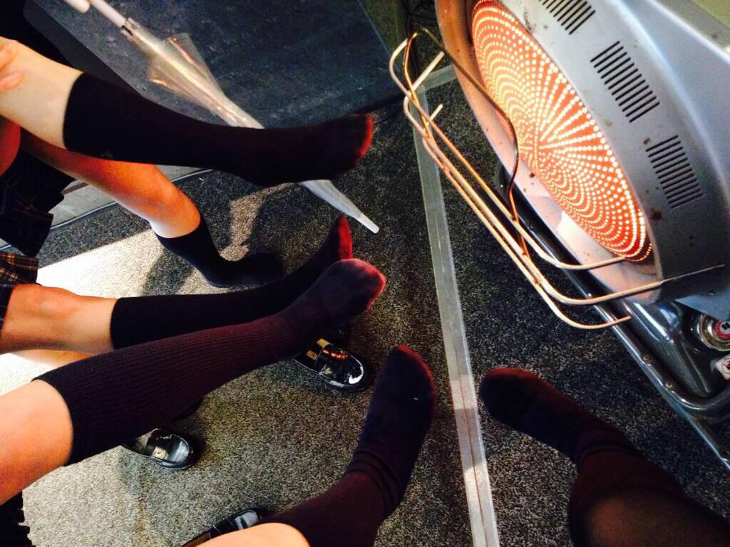 女子高生の靴下大好きソックスフェチ画像wwwwwwwwww Z7hsoJ4
