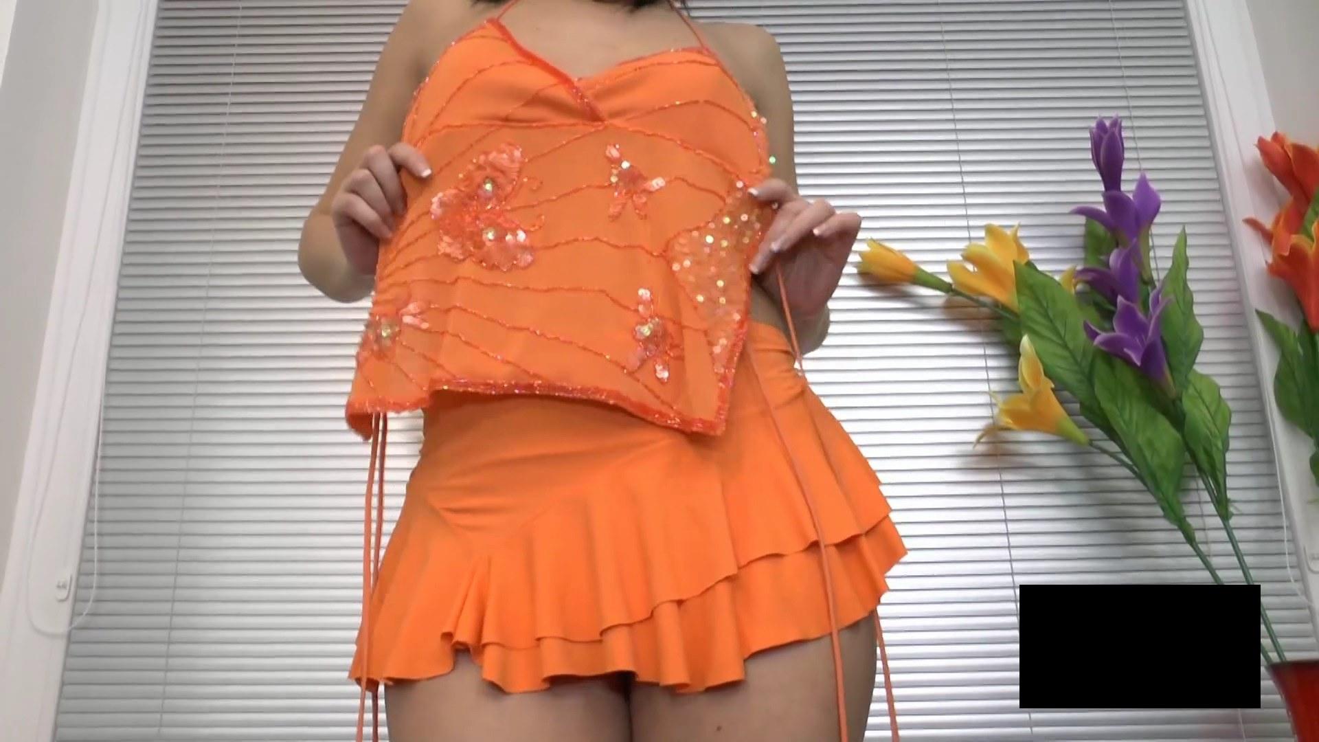 脂肪たっぷりの東欧熟女の脱衣ヌード画像貼ってくwwwwwwwww eLkHjNn