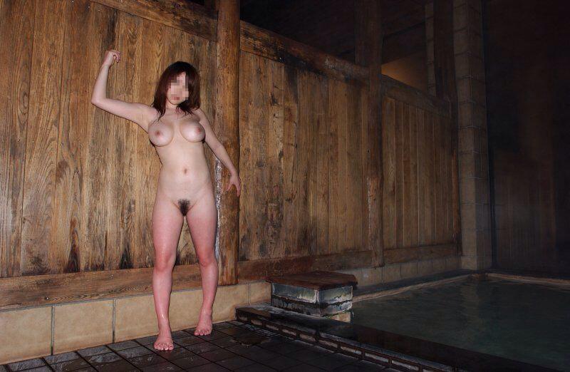 軽い気持ちで温泉で取った素人娘たちの裸写メがネットに拡散wwwwwww 0962