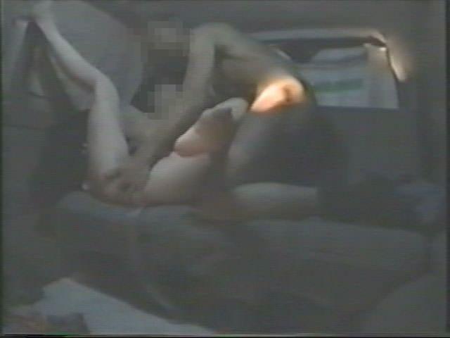 深夜の揺れる車を覗いたらガチカーセックス発見www赤外線カメラで隠し撮りwww 21419