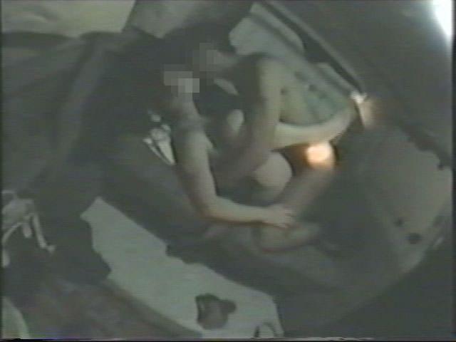 深夜の揺れる車を覗いたらガチカーセックス発見www赤外線カメラで隠し撮りwww 21422