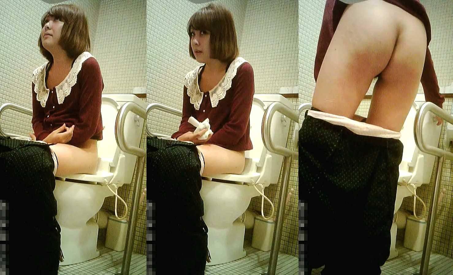 生々しすぎるガチ素人の放尿シーン!!女子トイレ盗撮画像!! 21624