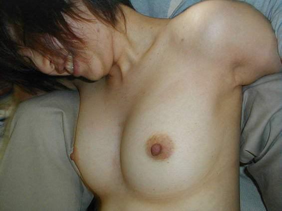 大好きな彼氏に全裸を撮られ恥ずかしそうにする彼女が可愛いwwww 21771