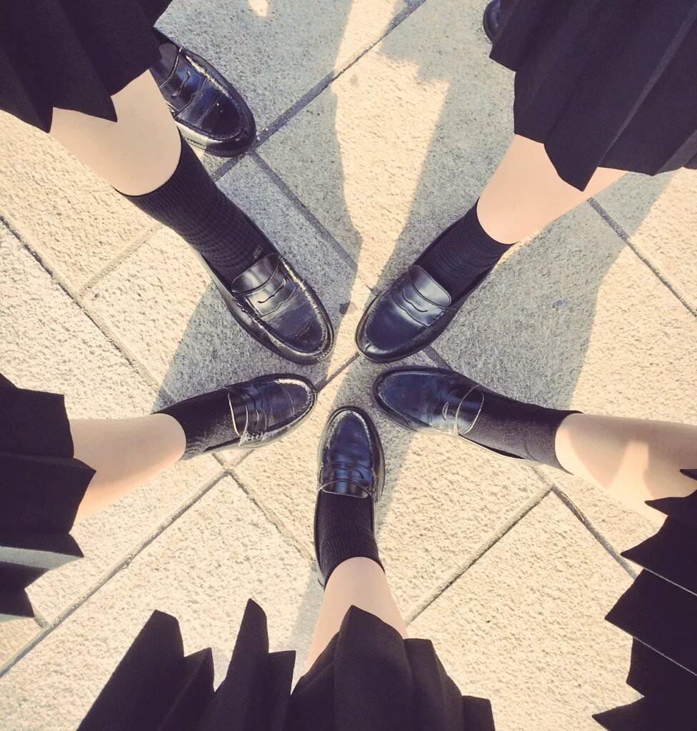女子高生の足首あたりにめっちゃ興奮するフェチ画像 8zwrByE