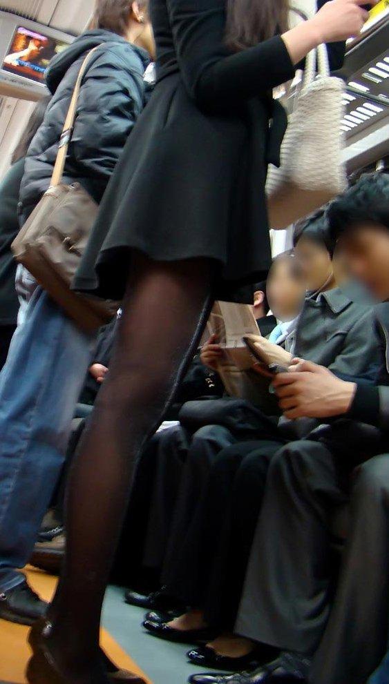 黒いパンスト履いてるエロギャル画像!!!!マジでエッチだぁーwww NKwex0a