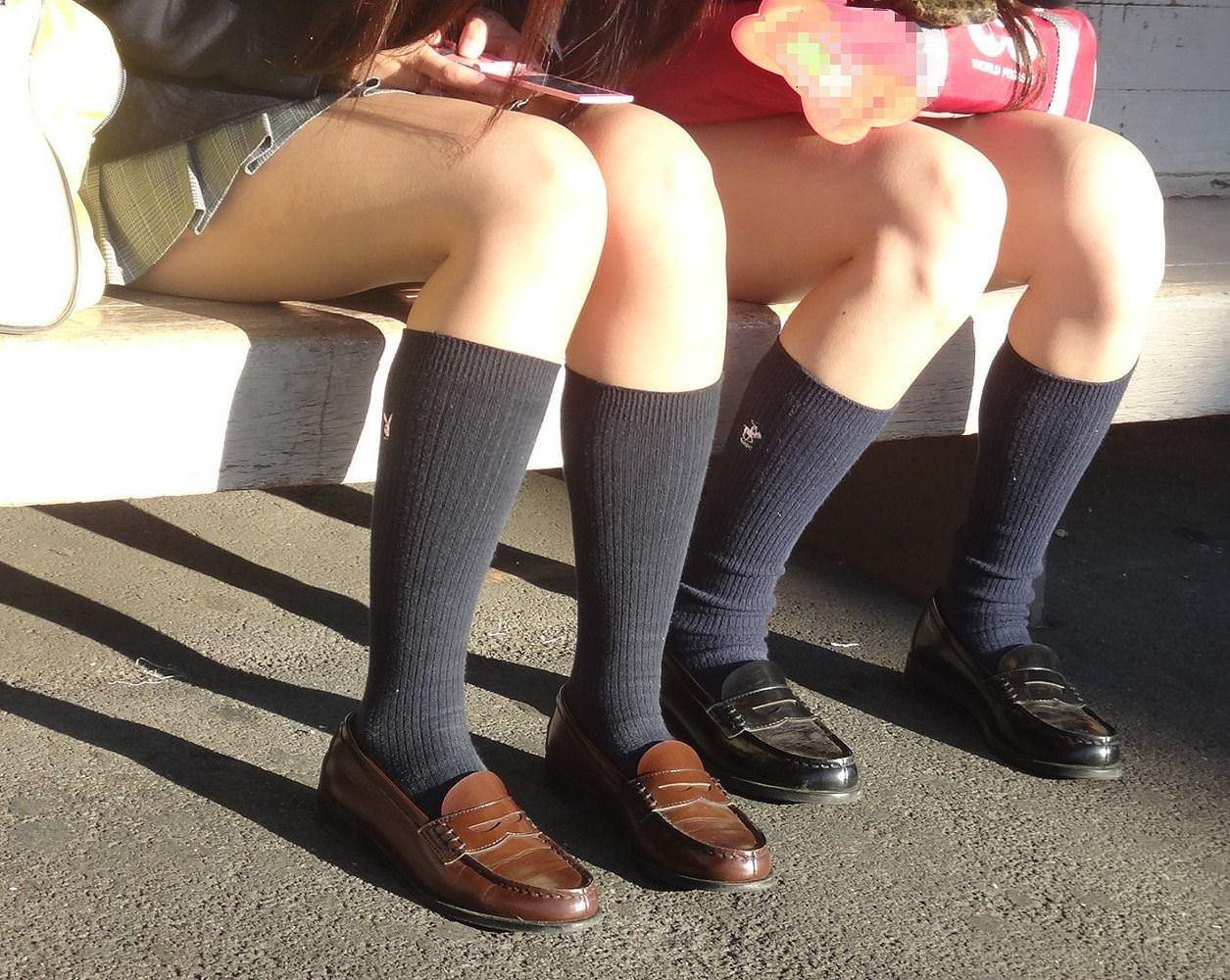 女子高生は50%太ももで出来ていると言う証拠画像がこちらwwwwwwwww phhohag