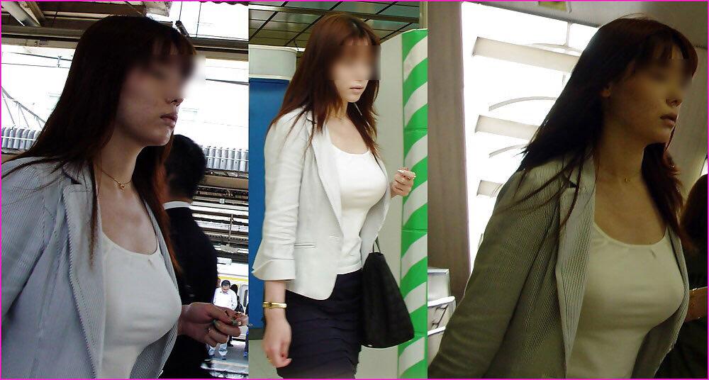 街で出くわした反則級の巨乳着衣おっぱいお姉さんを街撮り!!! 0942