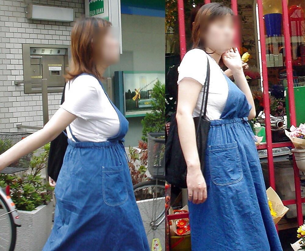 街で出くわした反則級の巨乳着衣おっぱいお姉さんを街撮り!!! 0952