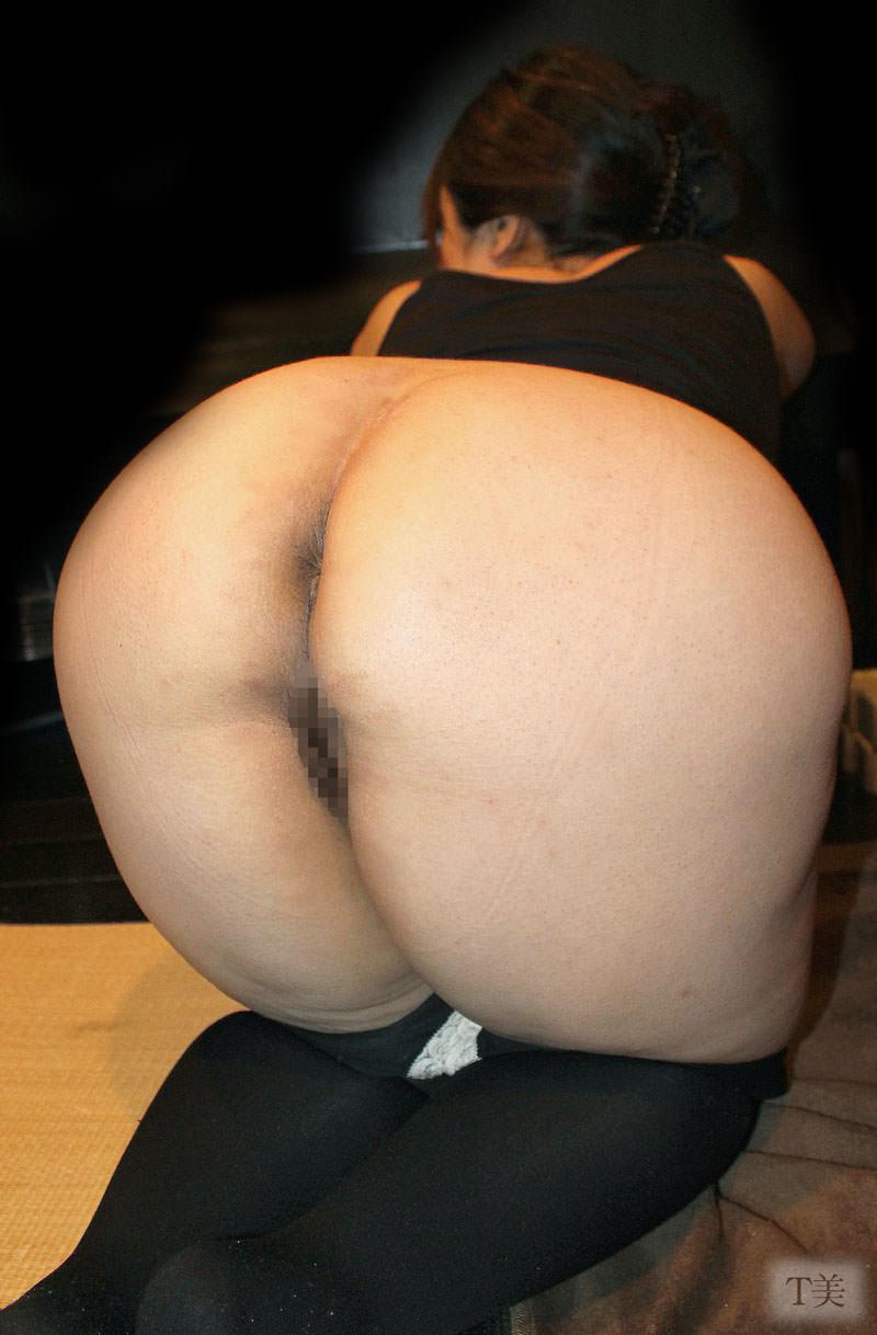 人妻熟女の魅惑のお尻wwwデカ尻に育った肉厚最高な桃にキスしたいwww 18169