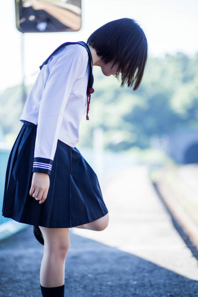 若くて元気な女子高生がはしゃぐ姿はどれも可愛いです。 e9UBfHV