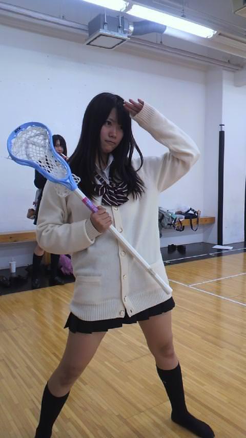 若くて元気な女子高生がはしゃぐ姿はどれも可愛いです。 oqQUB7U