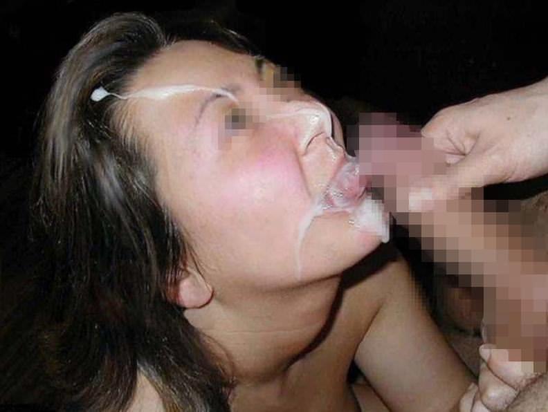 おちんぽミルクをペロペロお掃除フェラwww口内射精に幸せ感じちゃう素人娘www 0112