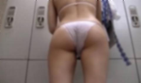好きな同僚OLの裸が見たくて会社の更衣室をガチ盗撮wwww 06107