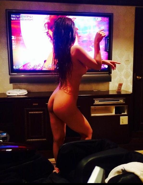 エッチする前の彼女の裸体画像www知らぬ間にネットに晒されてアウトwww 1551