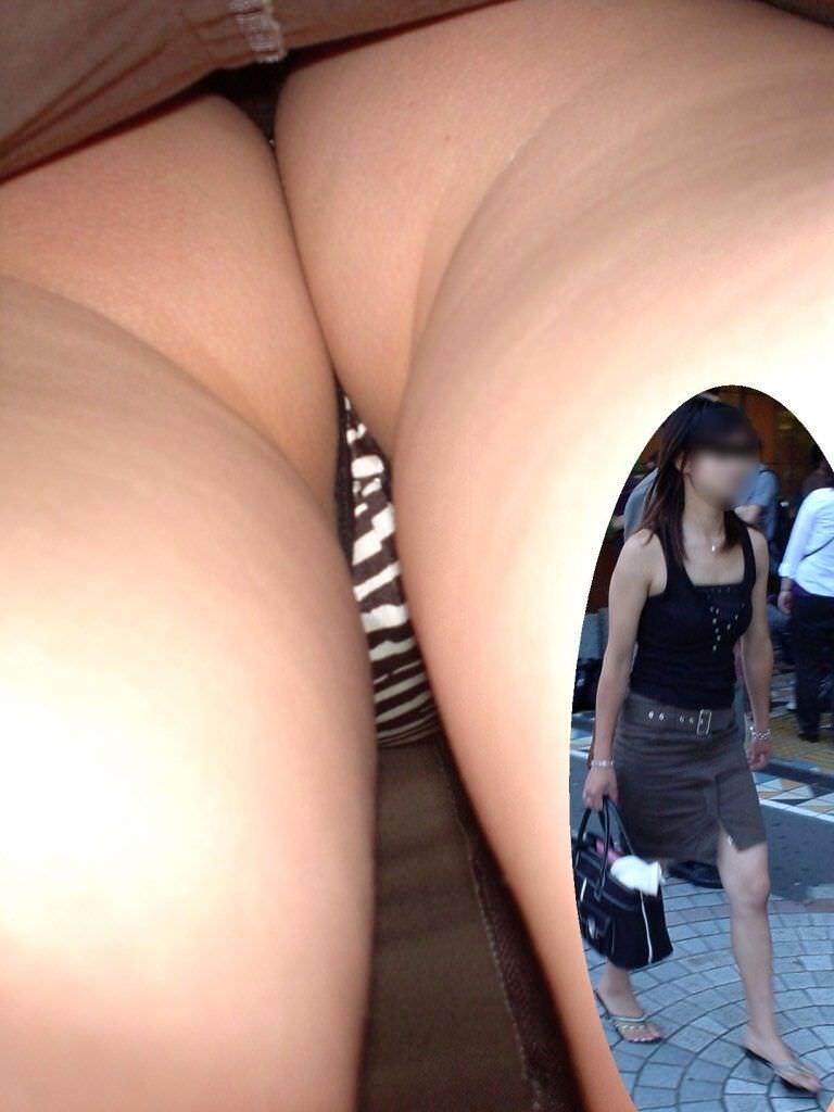僕の大好きお姉さんのパンツが見たいwwwwガッツリ逆さパンチラ盗撮画像www 2958