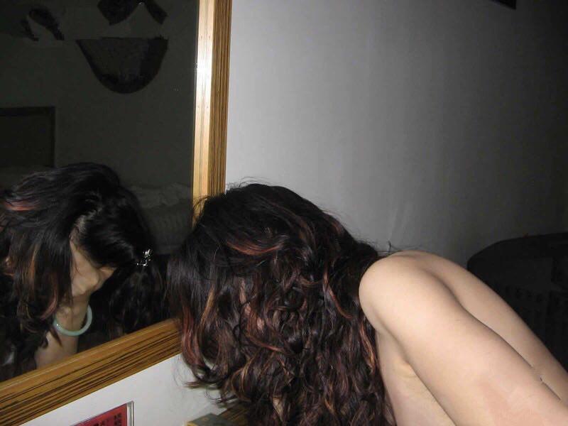 素人カップルのプライベートハメ撮り画像www恥ずかしそうな彼女の表情が最高だぁーwww 0517