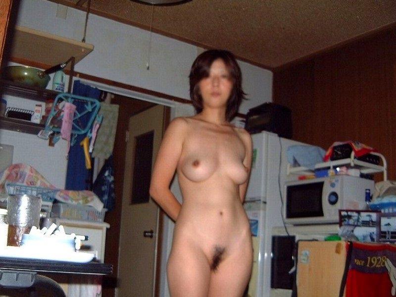 40代熟女のエチエチすぎる裸体wwwフルボッキしすぎて金玉痛いwww 1527