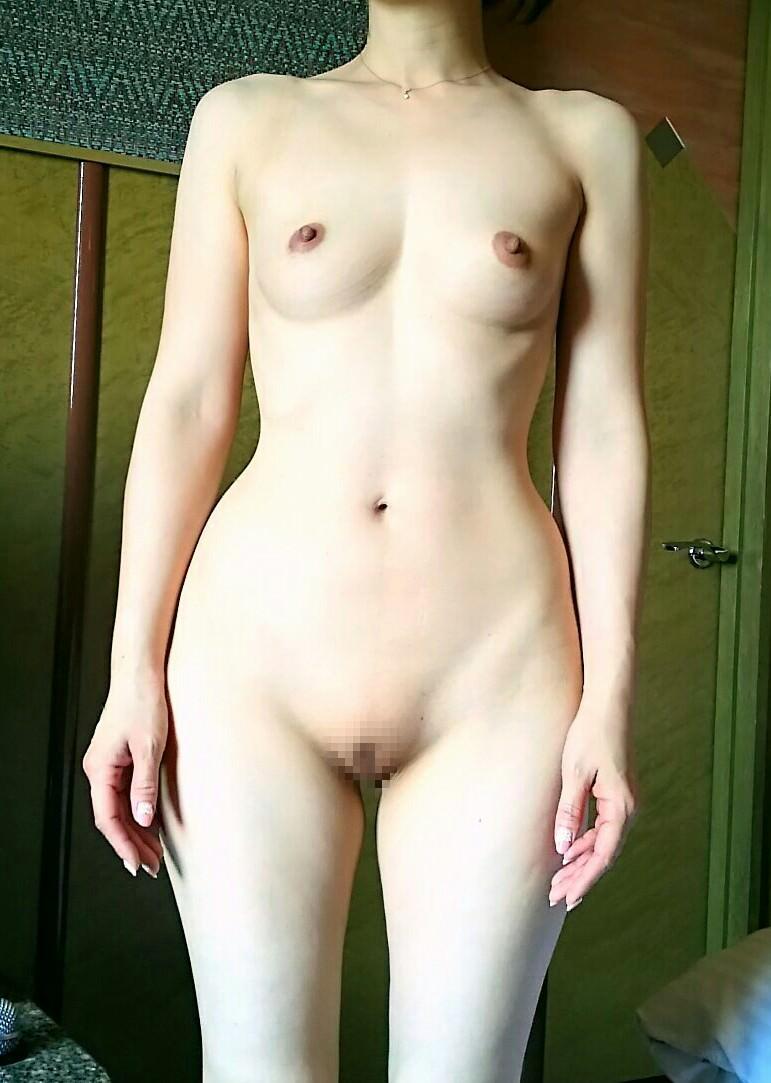 40代熟女のエチエチすぎる裸体wwwフルボッキしすぎて金玉痛いwww 1530