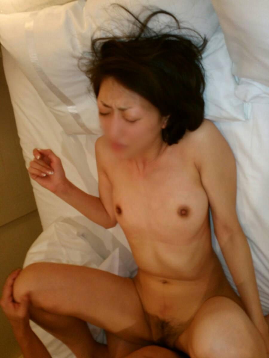 20代カップル大人のセックス!!彼女がヒィーヒィー喘ぐすきにハメ撮りゲッツwwwwwwww 17105