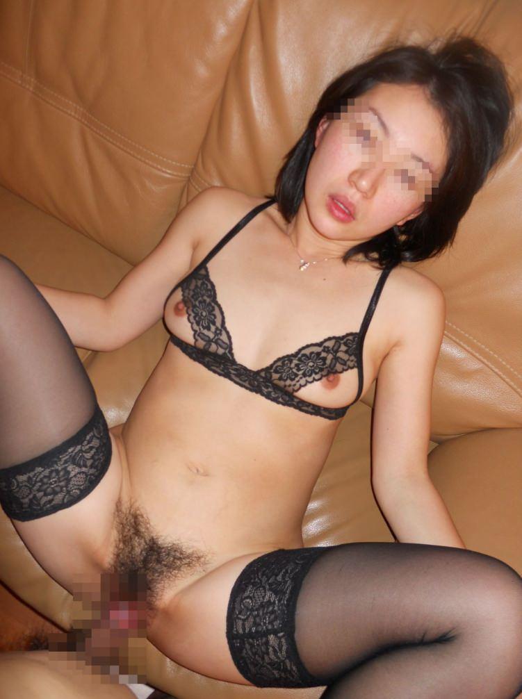 20代カップル大人のセックス!!彼女がヒィーヒィー喘ぐすきにハメ撮りゲッツwwwwwwww 17112