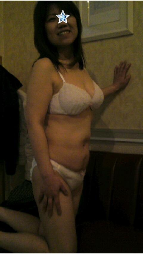 彼女に着てもらいたい下着の色ナンバーワンは純白に決定!!! 23275