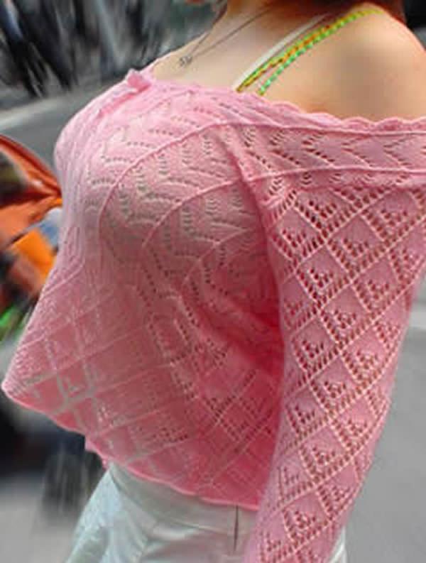 はち切れんばかりの着衣おっぱい!!!お姉さんのビッグ巨乳街撮り画像www 23388