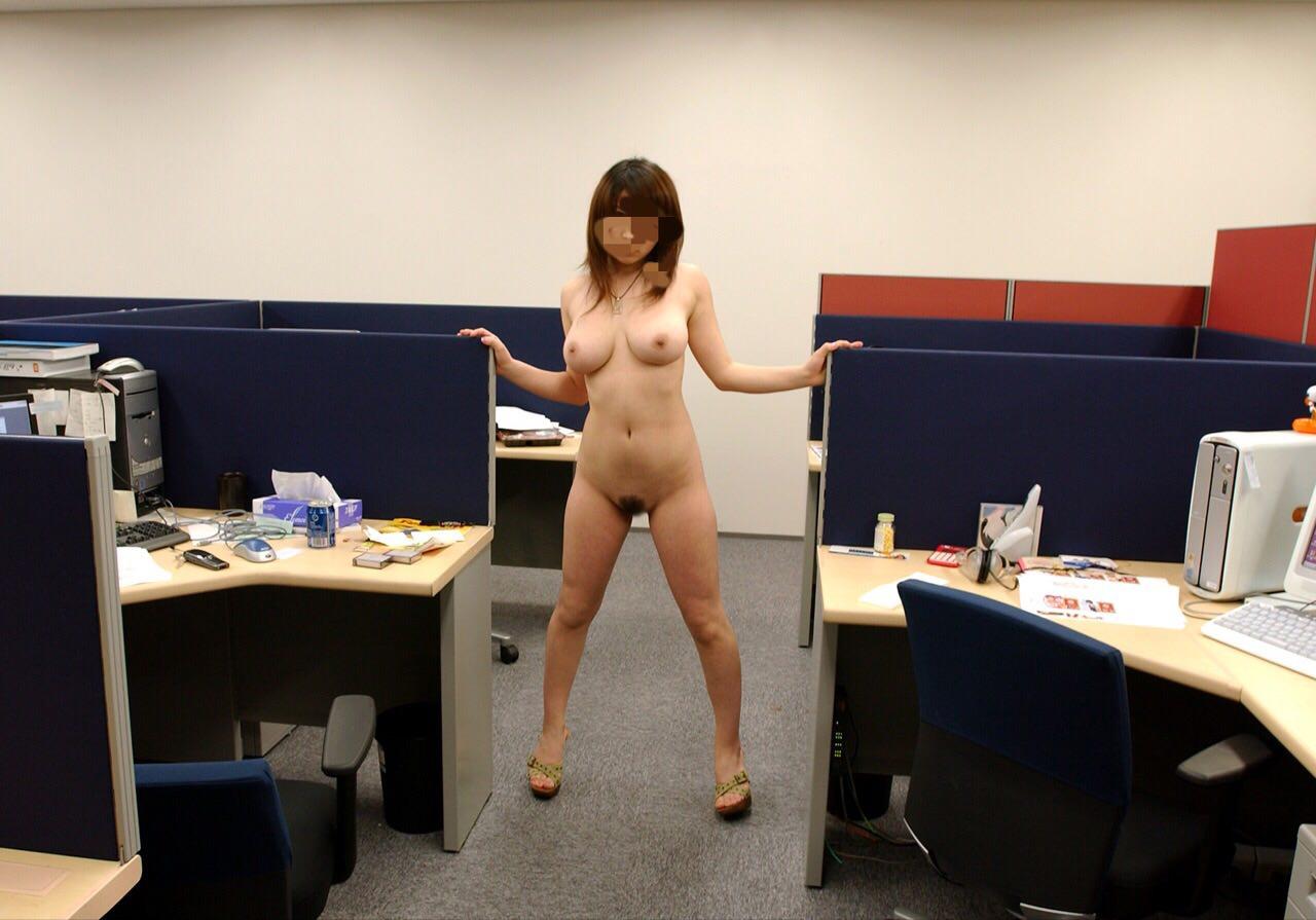 社内恋愛で付き合った彼女と会社でセックスしちまったーwww激ヤバ画像アップするぞぉーwww 0873