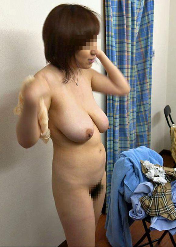 こういう肉厚ジューシな人妻の巨乳おっぱいが欲しいですwwwwwww 1202