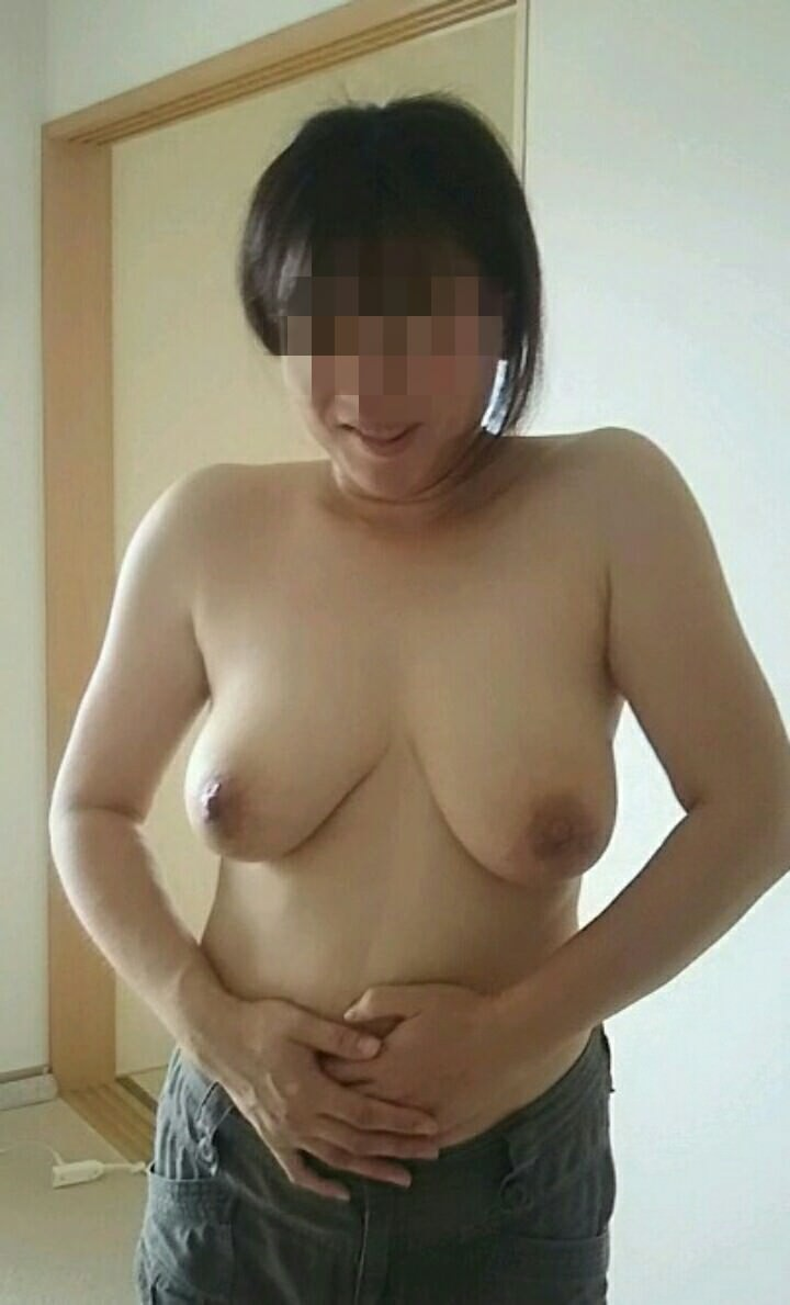 こういう肉厚ジューシな人妻の巨乳おっぱいが欲しいですwwwwwww 1204