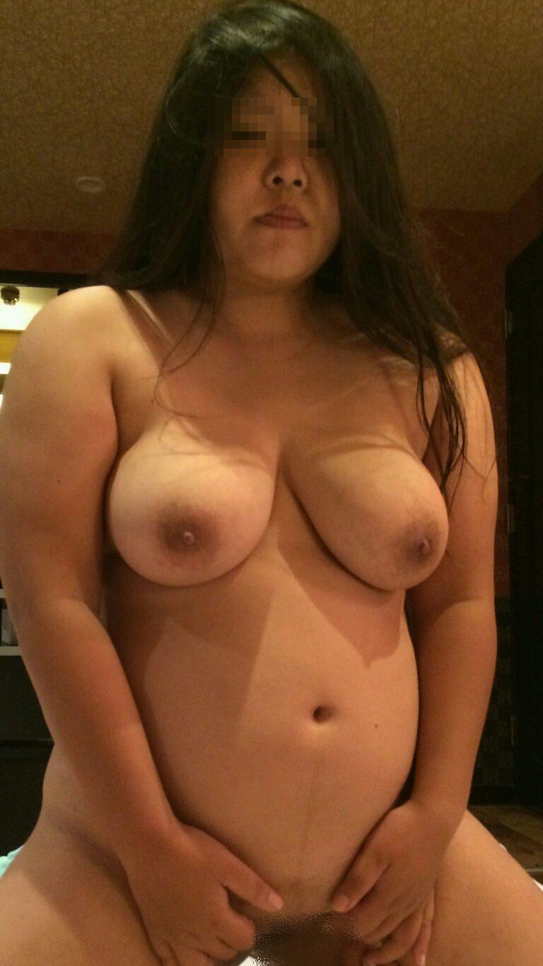 こういう肉厚ジューシな人妻の巨乳おっぱいが欲しいですwwwwwww 1206
