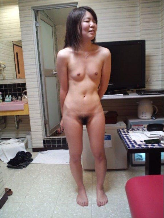 裸でいちゃつく素人カップルが俺たちにおかずを提供してるエロ画像!!! 27103