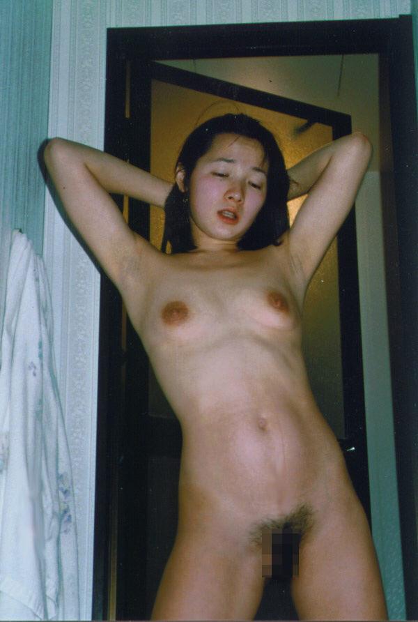 裸でいちゃつく素人カップルが俺たちにおかずを提供してるエロ画像!!! 27106