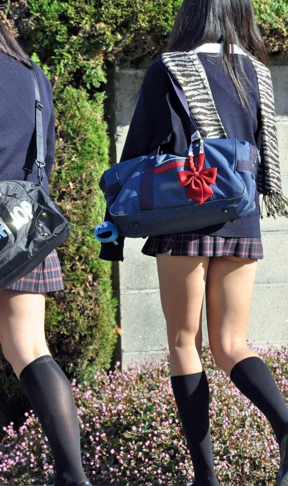 子供から大人になりかけの無防備なJK画像wwwwwwww 2UWPCx8