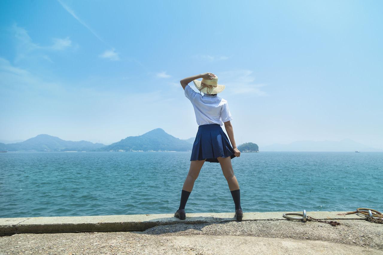 制服JKのパンチラも良いけど、夏休み私服JKも最高ですぞぉーwwwwwwww zOC6tgF