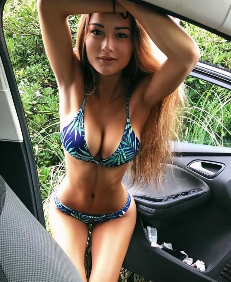 ワイ43歳、娘20歳と海へデートしに行ったら水着姿がエロボディだった件wwwwwwwwwwwww JsdtzJc