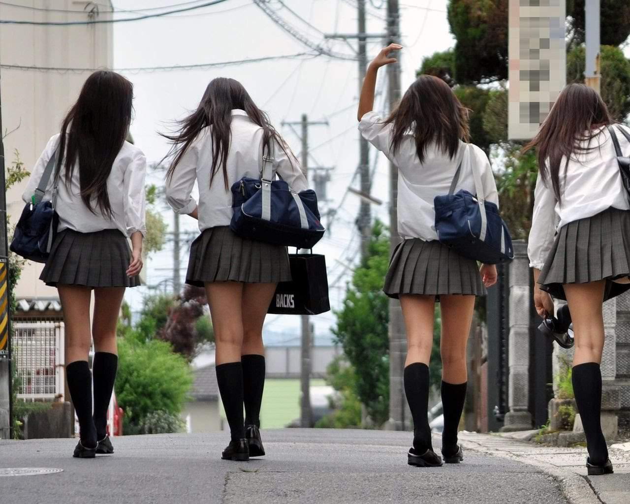 もちもちした女子高生の太もも画像をくださいwwwwwww MWOiuKN