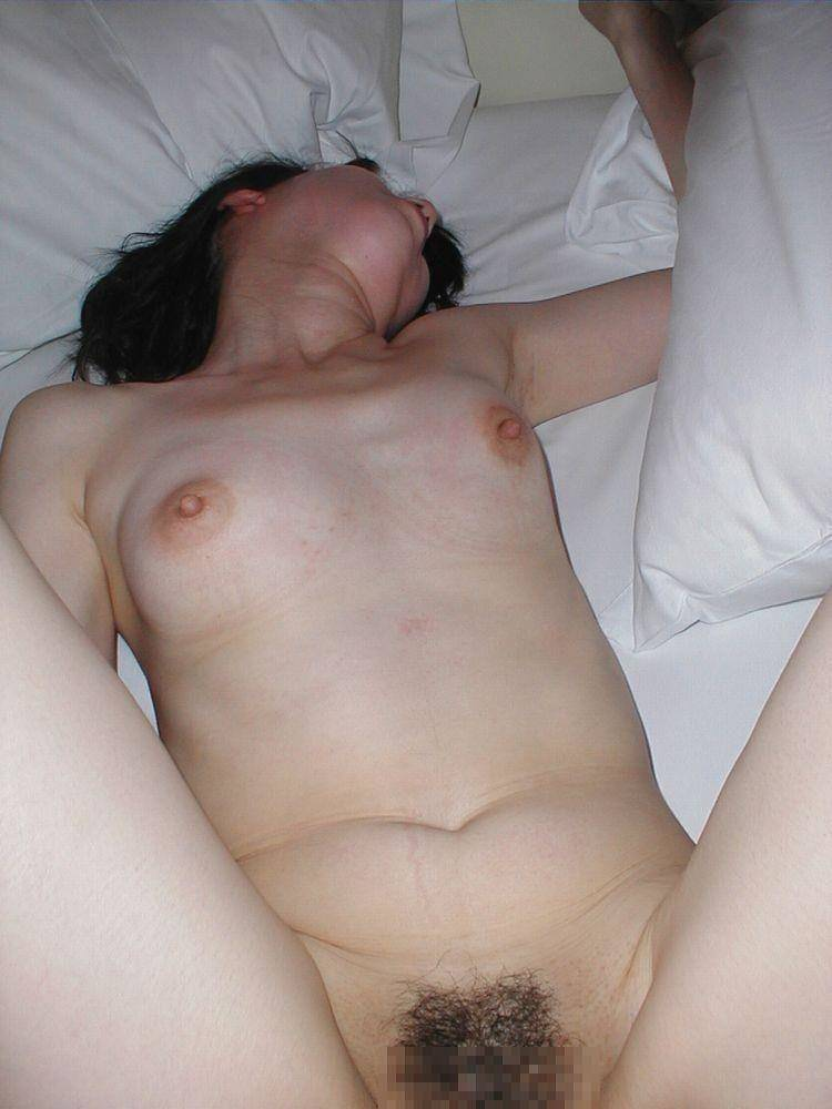 30代人妻が旦那のチンポが気持ち良すぎてよがってるぞぉーwwwアクメ顔セックス最高にエロいぜぇーwww 2150