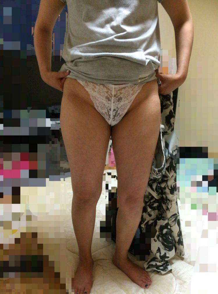 孕ませたくなるドスケベな下着した人妻のエロ画像wwwwwwwwww 2381