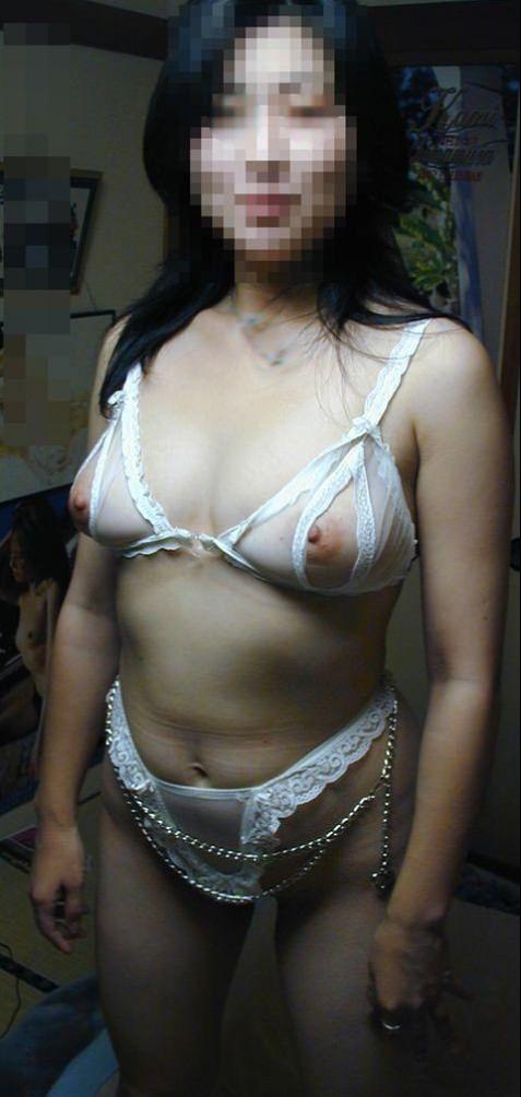 孕ませたくなるドスケベな下着した人妻のエロ画像wwwwwwwwww 2382