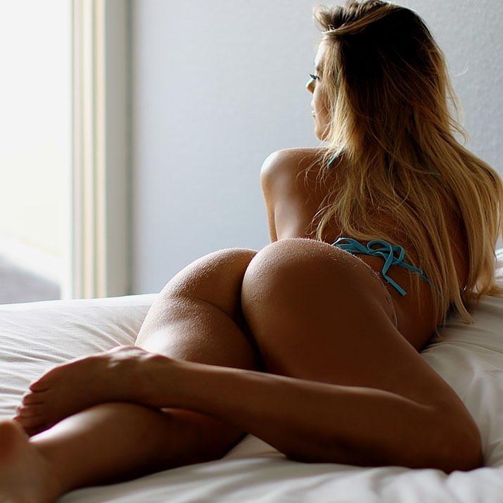 ブリブリのお尻が大好きなんでエロ画像をくださいwwwwwwwww 3YInesD