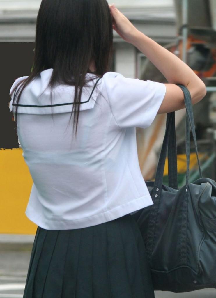 冬が近づいてるけど夏服JKの透け透けなブラが見たいです!!! 0JLJ5Ia