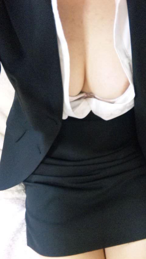 職場の美人OLと不倫してます!スタイル抜群で好きすぎてキスが止まらない!!ハメ撮りしちゃいました!!! 1856