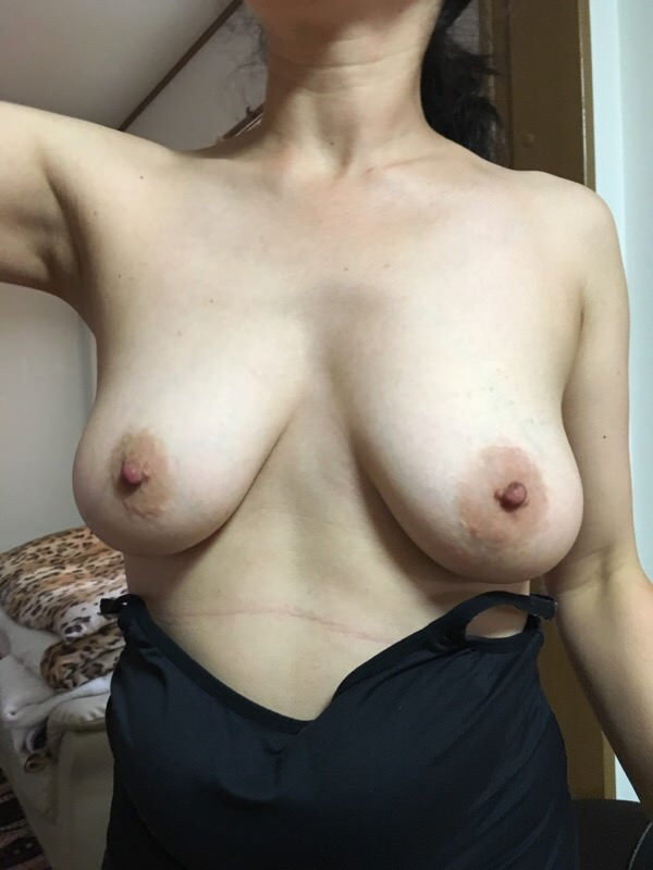 40代熟女の巨乳おっぱい!!!!!柔らかく熟したおっぱいが大好きwwwwwwwww 2305