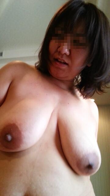40代熟女の巨乳おっぱいがビンビンにイカしてるぜぇーwwww素人のおっぱいってたまんねーなぁーwwww 2776