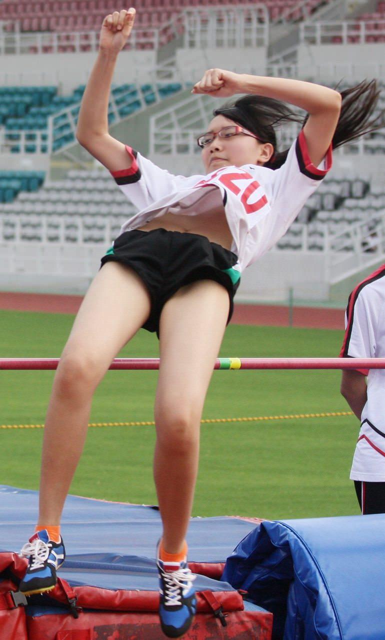 スポーツやってるJKのエロ画像ってマジで抜けない!!!!!!!!!!! 7waLOtM