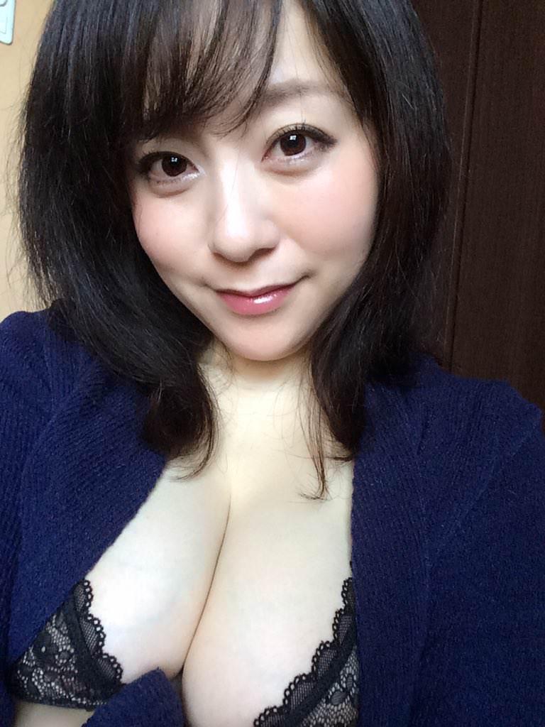 素人なのに美熟女(40)の美しい裸体wwwwwwwww gjPG0Qr